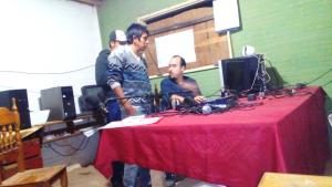 Acompañamiento a las radios comunitarias de Uj'e' Lhavos